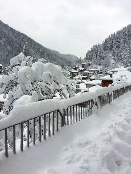 сняг в широка лъка - март 2015