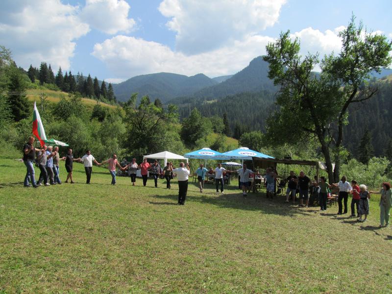 Традиодионен събор в Солища 2018